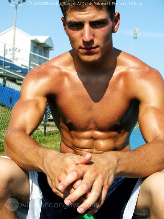 annunci gay macerata gay nudi muscolosi