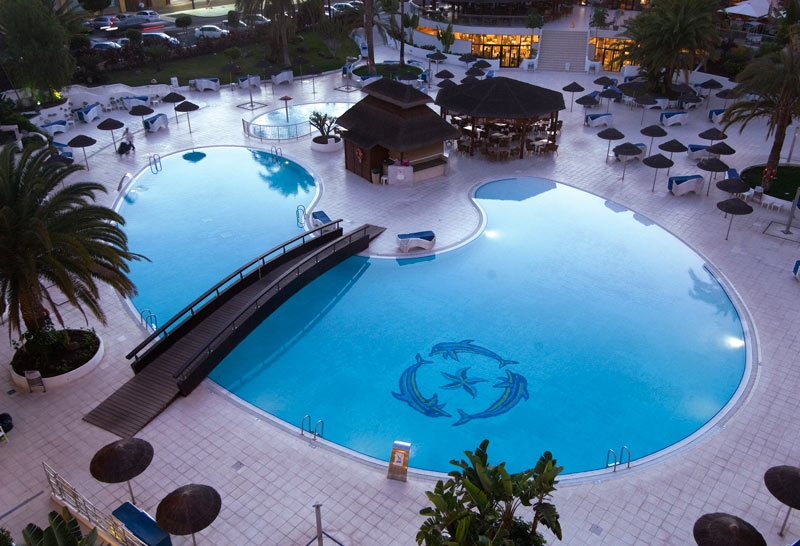 Las mejores piscinas del mundo la naturaleza nos sorprende for Piscinas del mundo
