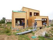 Suite du chantier de maison bois en madrier dans l'Eure et Loir près de . maison bois contemporaine
