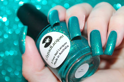 """Swatch of the nail polish """"Amphitrite"""" from Lilypad Lacquer"""