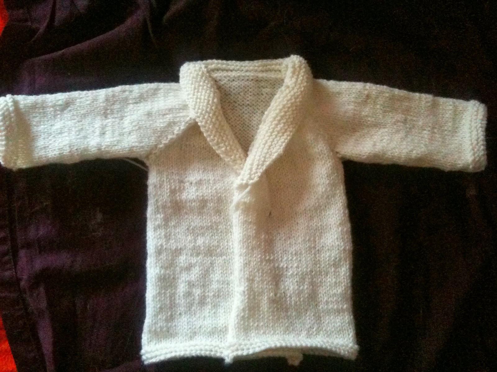 Cardigan per neonato a maglia, tutorial top down