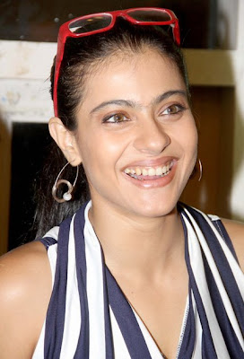 kajol dance lessons with the students