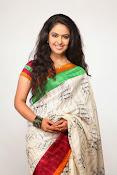 Avika Gor Glamorous photos in saree-thumbnail-10