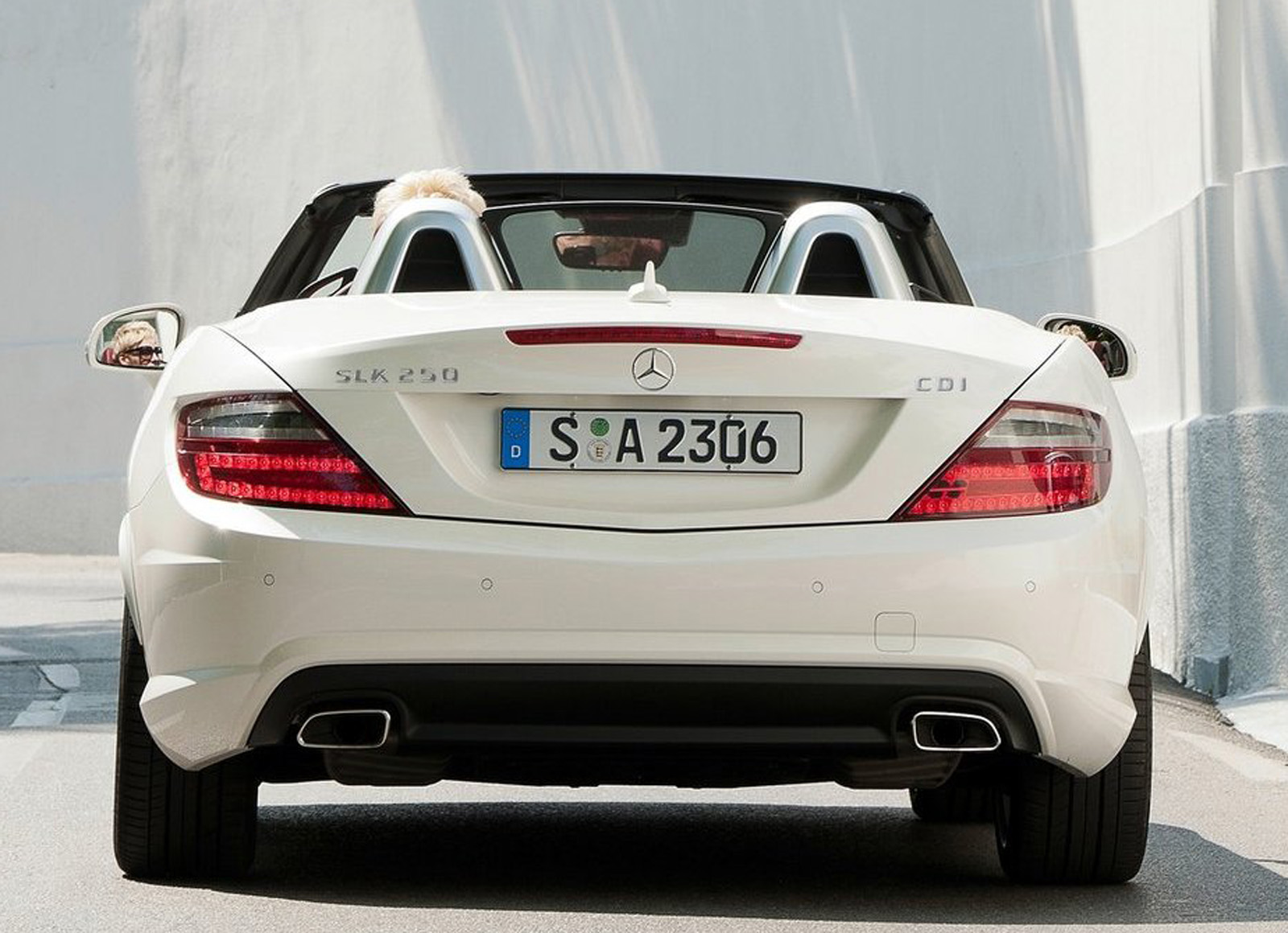 The new mercedes benz slk250 cdi can be ordered from 13 september 2011 the price including vat is 41 828 50