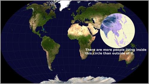 La mayor parte de la población vive en esta área