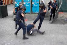 Policias haciendo bien su Trabajo