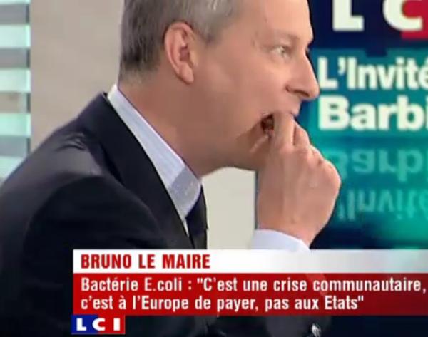 Bruno Le Maire mange du concombre sur LCI
