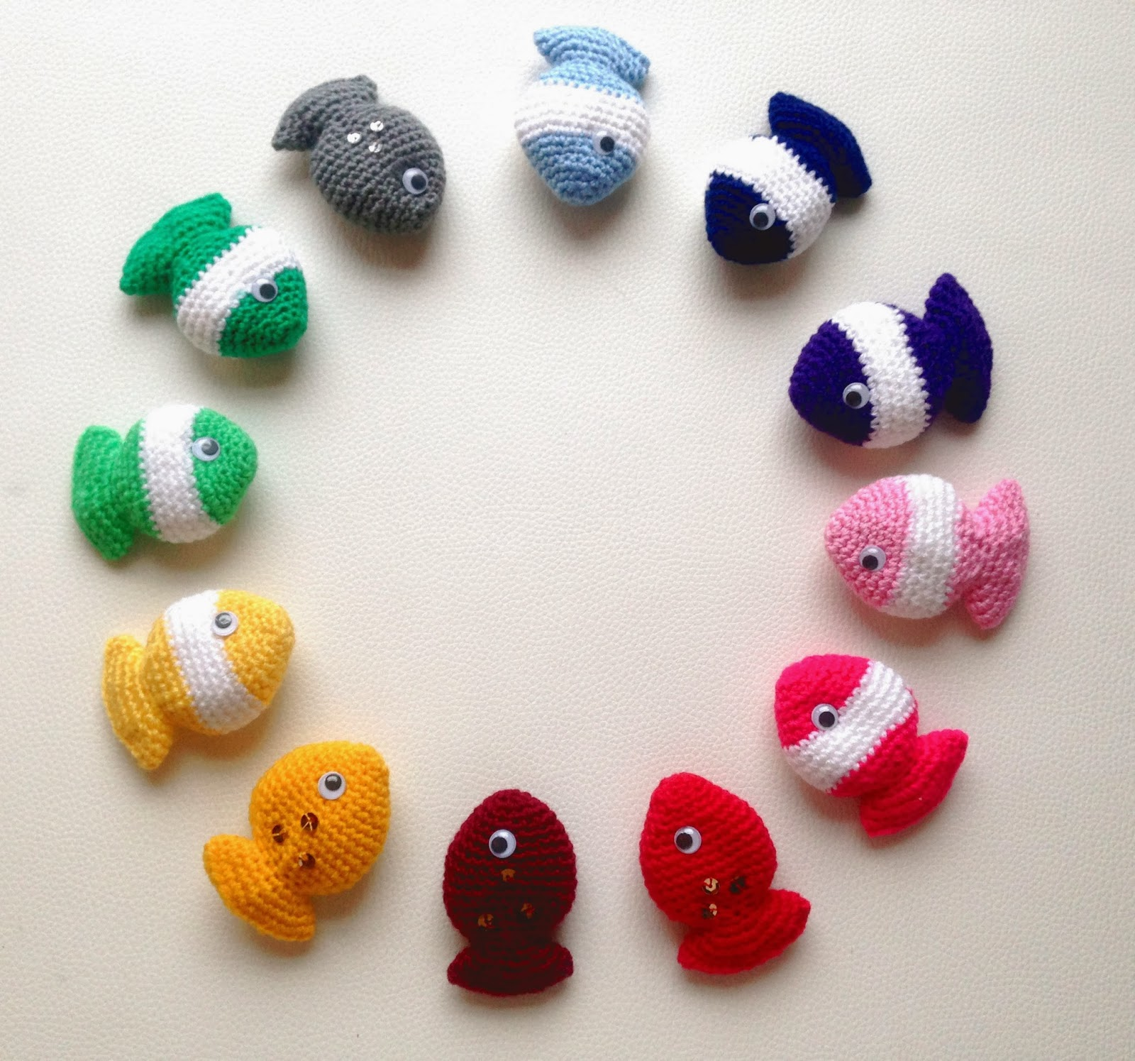 Free Crochet Pattern For Small Fish : Lily Razz: Fish Candy - Free crochet pattern