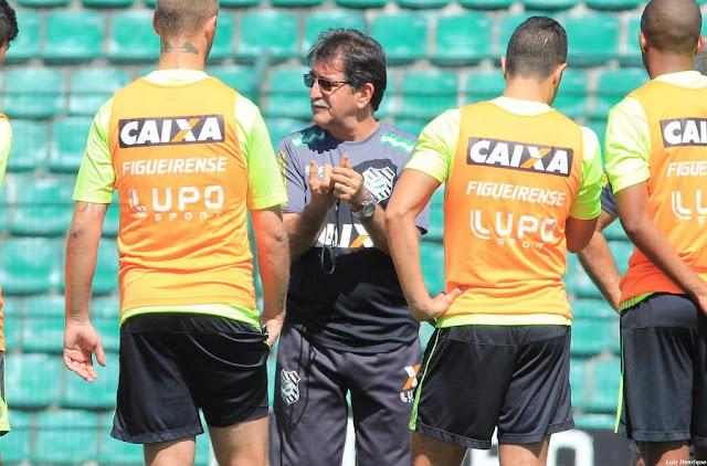 René Simões quer Figueira focado e com personalidade para superar o Vasco (Foto: divulgação/FFC)