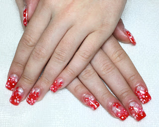 airbrush nails on glitter acrylic extensions