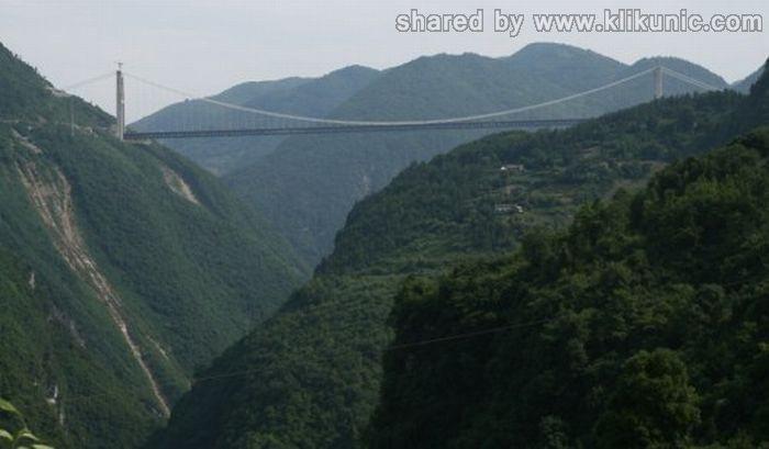 http://4.bp.blogspot.com/-22l2Jx8d1rI/TXWnhPd0tXI/AAAAAAAAQTs/hfidPmzGULk/s1600/bridges_33.jpg
