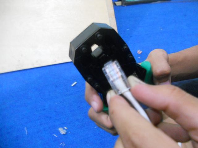 Jika sudah pada kabel ujung pertama lakukan cara yang atas untuk ...