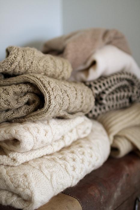 Плед своими руками из свитеров
