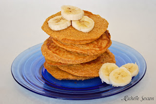 Pumpkin Oat Pancakes with Bananas on the side