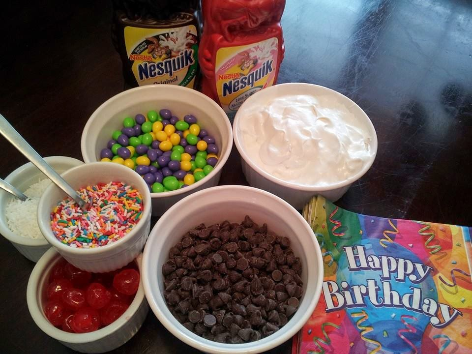 Make-your-own sundae station, ice cream sundae, birthday party, kids party