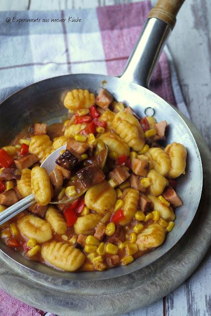 Experimente aus meiner Küche: Gnocchi-Leberkäse-Ragout