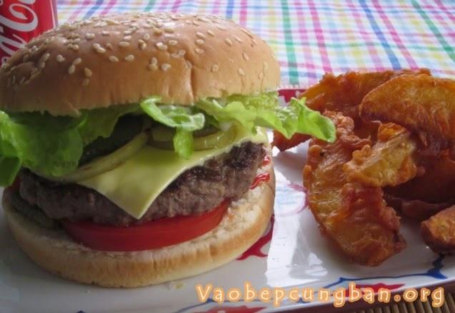 Cách làm bánh Hamburger Bò