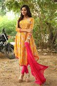 diksha panth latest glam pics-thumbnail-14