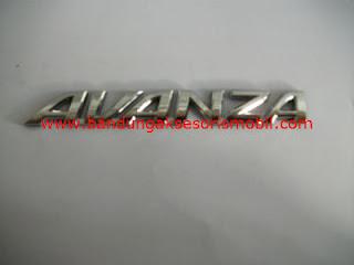 Emblem Tulisan Avanza