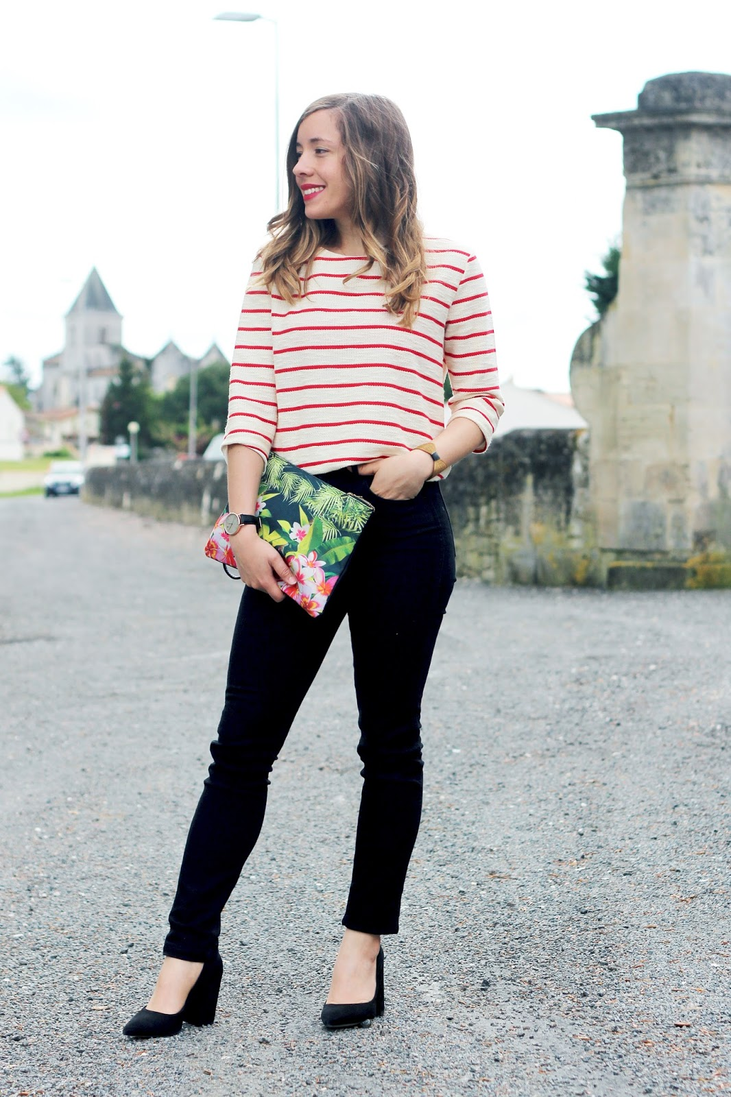 Blogueuse mode Bordeaux tenue printemps