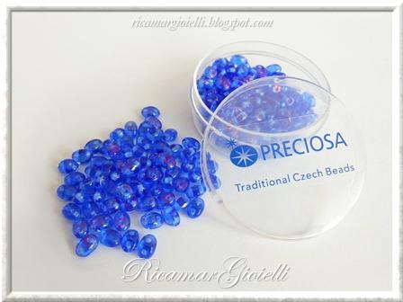 Twin beads