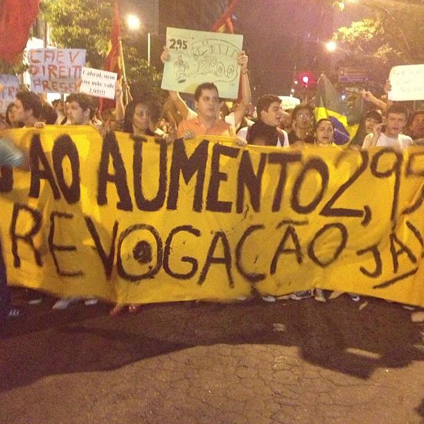 Manifestação contra aumento de passagens - Niterói - Rio de Janeiro