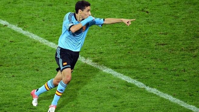 Manchester City tie up Navas transfer authority sports