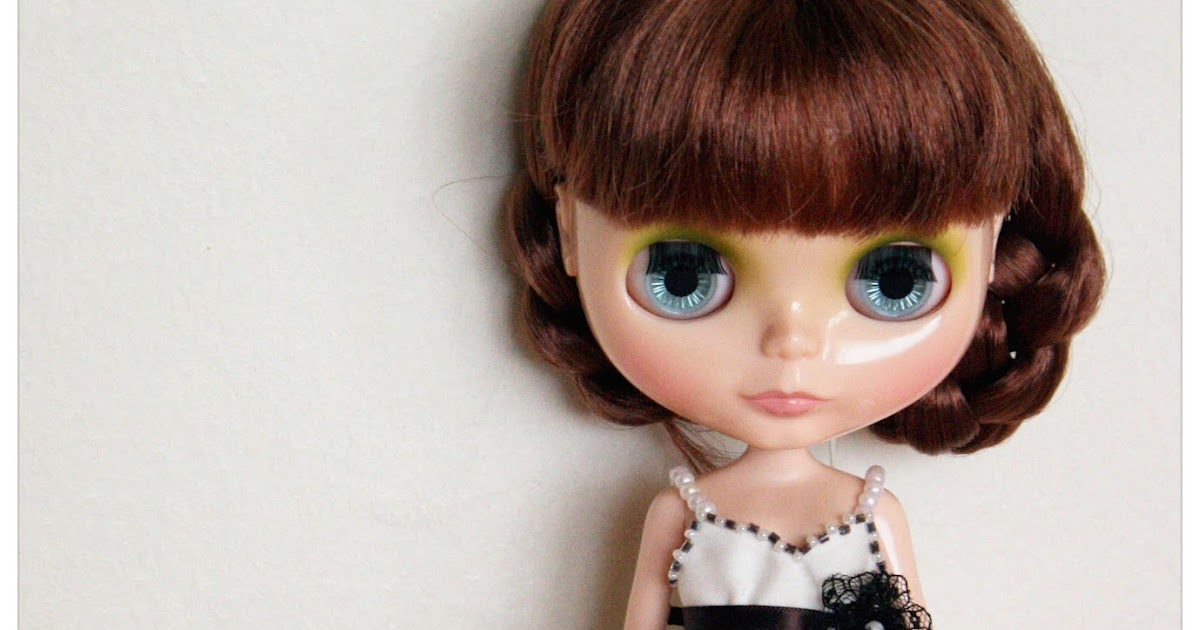 Little Tiny Life With Love Blythe Doll Dress Commision