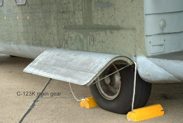 Fairchild C-123 main landing gear photo