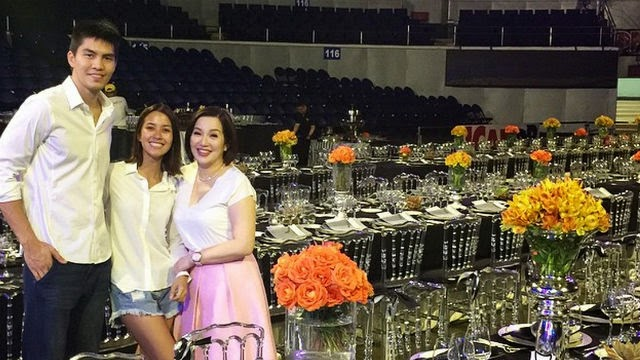 Photos: JC Intal - Bianzca Gonzalez Araneta Coliseum Wedding Reception