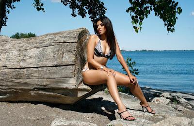 miss pakistan in a bikini hot images