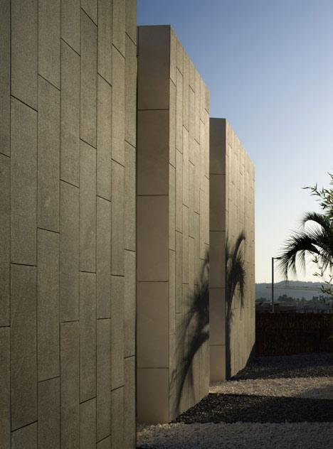 Arquitectura arquidea casas minimalista en barcelona for Casa minimalista barcelona alquiler