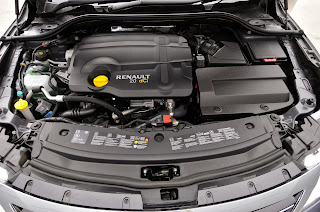 2013-Renault-Latitude-Wallpaper-engine