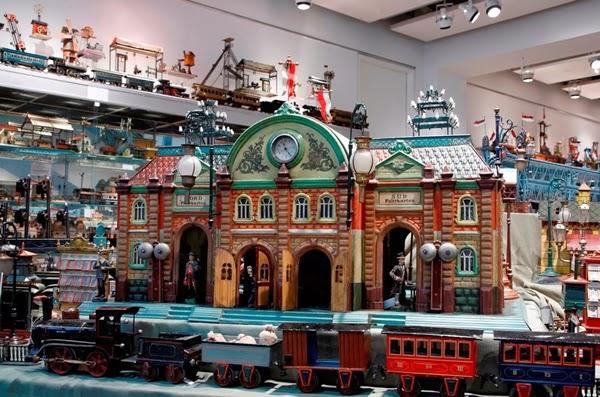 Bộ sưu tập đồ chơi lớn nhất thế giới  1