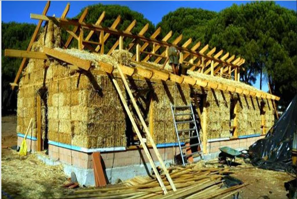La bioconstrucci n como soluci n construcci n con paja - Casa de materiales de construccion ...