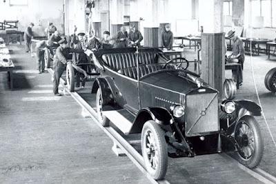 Línea de montaje del Jakob primer coche de Volvo