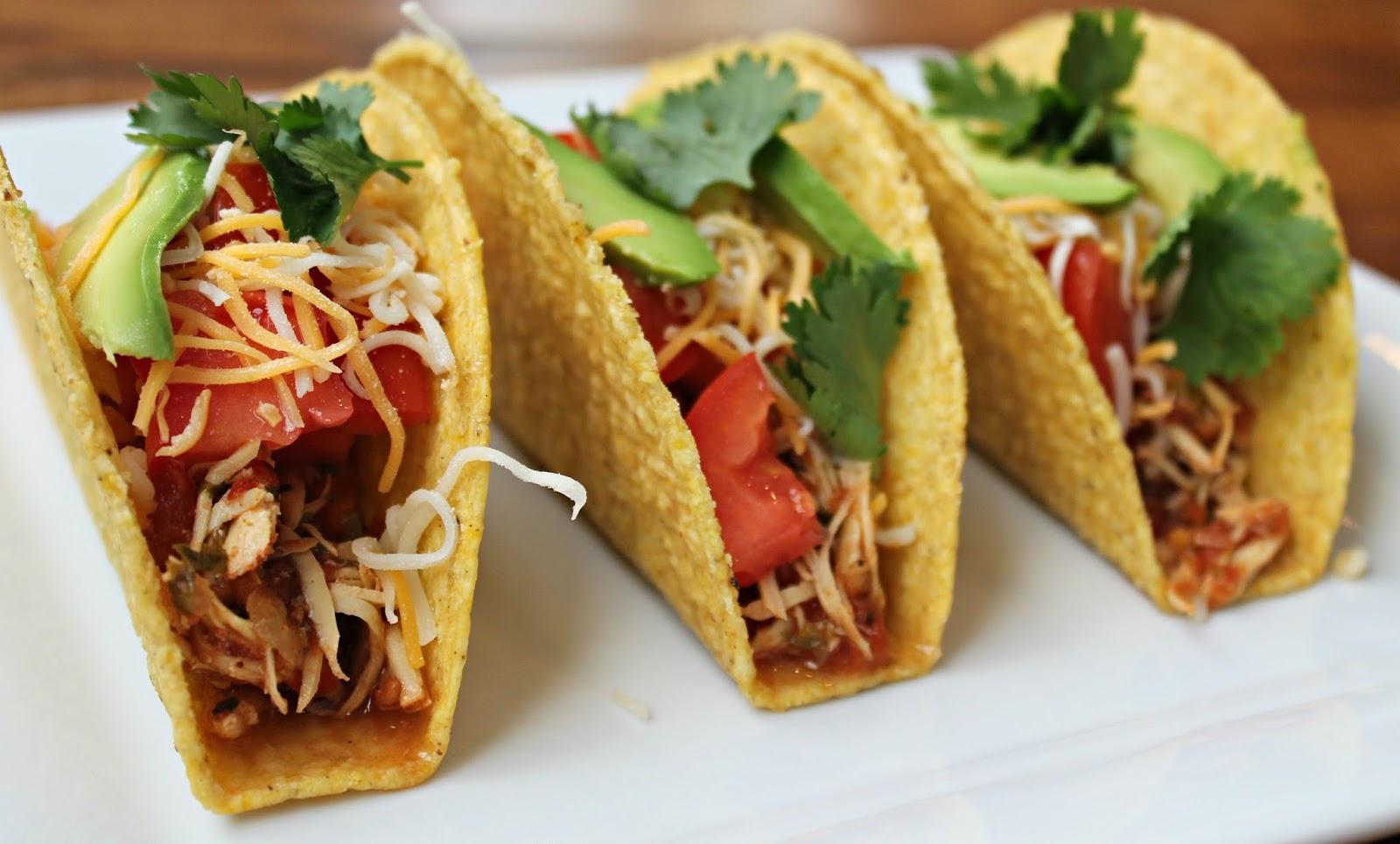 Carolina Charm: {Healthier} Crockpot Chicken Tacos