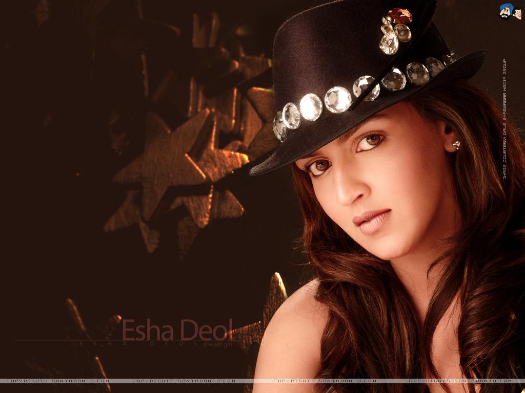 http://4.bp.blogspot.com/-262y7abinyE/TiWrkhkprrI/AAAAAAAAAmA/TyldM8sm-EA/s1600/Esha+Deol+Wallpapers+5.jpg