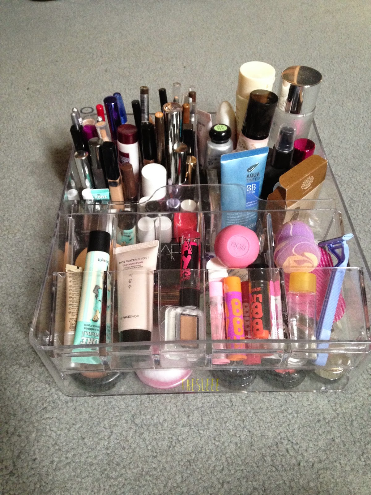 The sleee my makeup collection storage using the - Table transparente ikea ...