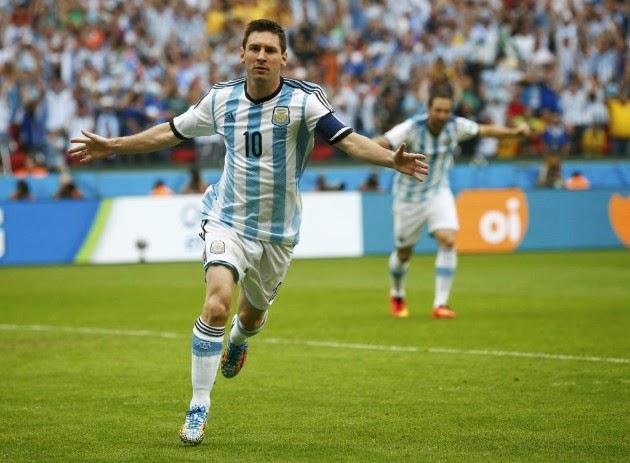 """FÚTBOL Mundial de Brasil-- Nigeria 2-3 Argentina. """"Pulga, que bueno que viniste"""""""