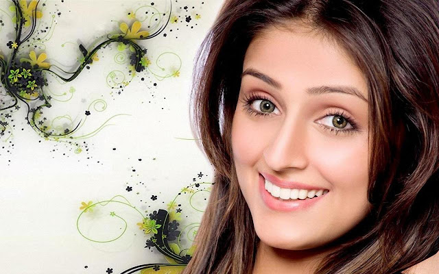 HD Wallpapers of Aarti Chabria