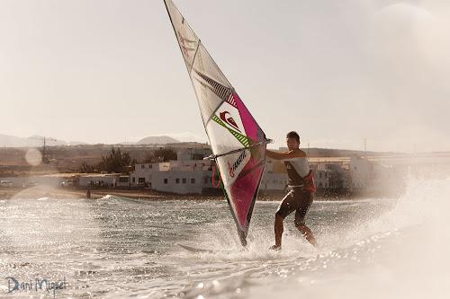 Victor Fernandez windsurfing photography