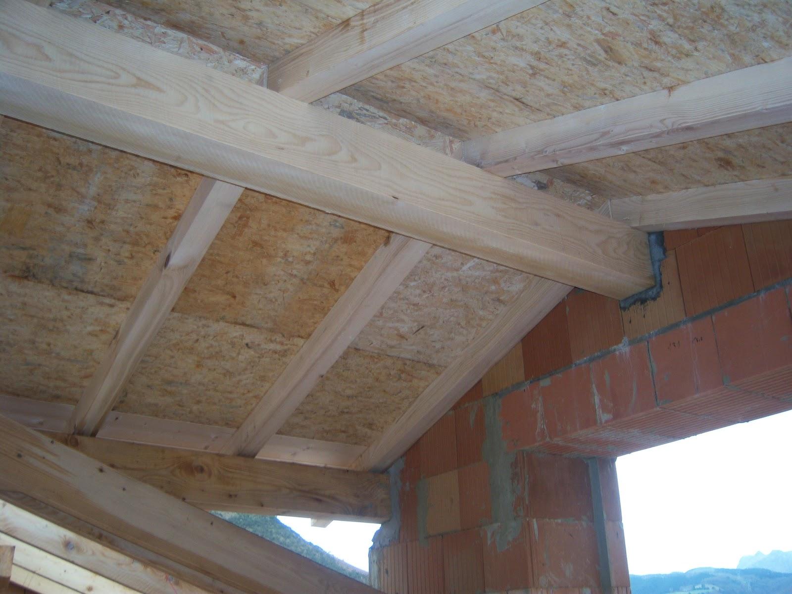 Andocarpinteando tejado con aislante de fibras de madera for Tejado de madera madrid