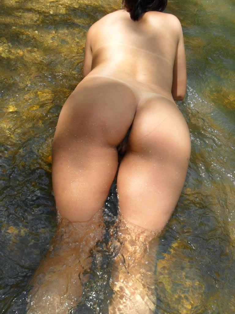 Safadinha pelada no rio 7