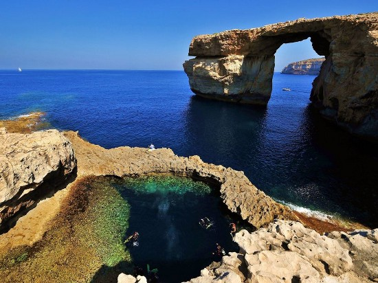 The Blue Hole and Chimney, Malta