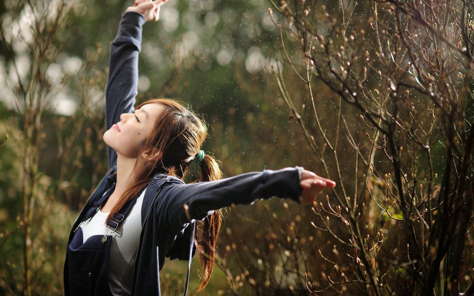 Happy Girl In The Rain Hd Wallpaper