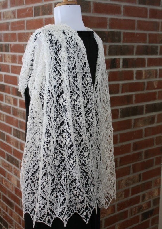 Free Knitted Lace Patterns : All Knitted Lace: Pattern Release: Quatrefoil Lace Scarf