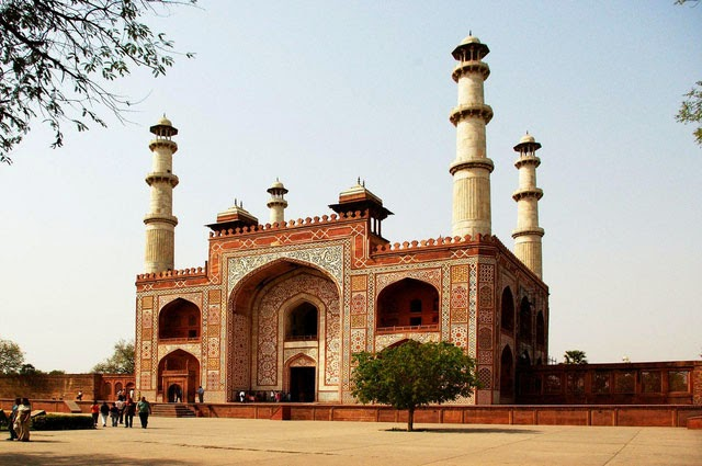 Akbar tomb agra pictures and images