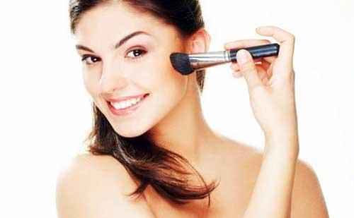Como maquillarte si tienes acne