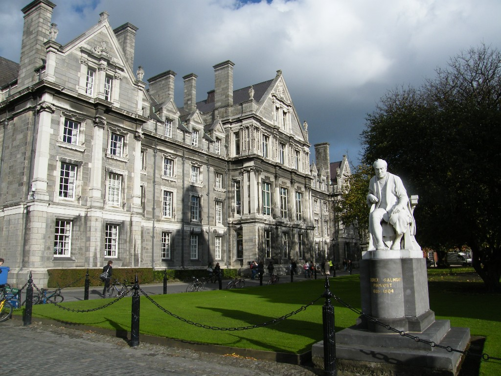 UNIVERSIDAD DE DUBLÍN, IRLANDA